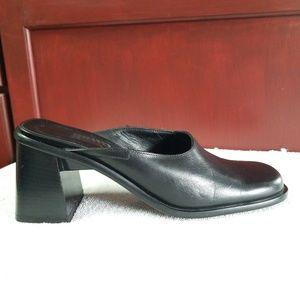 aece6236d8ea New Italian Bravo Browns Black Leather Slide Mules